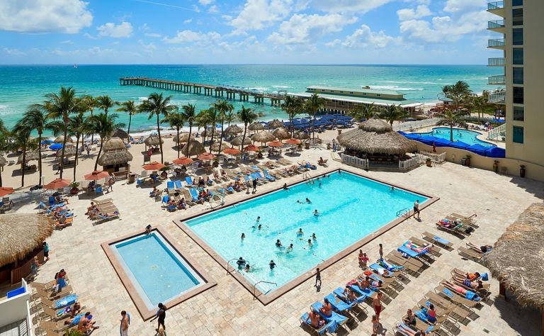aerial view of the pool and beach at the Newport Beachside Hotel & Resort wedding venue in miami