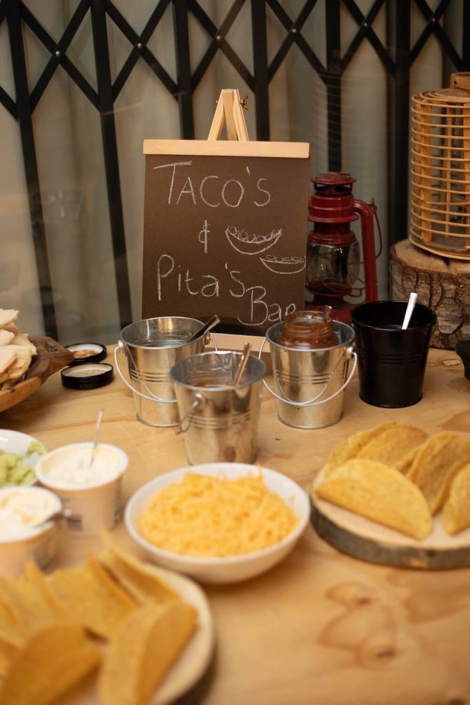 late-night drunk food wedding catering trends 2020